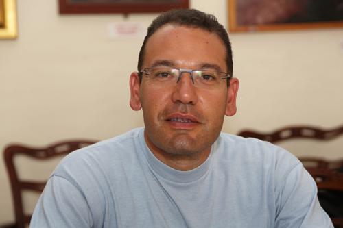 Dr Hubert Theuma